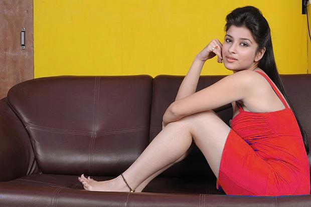 madhurima shoot actress pics