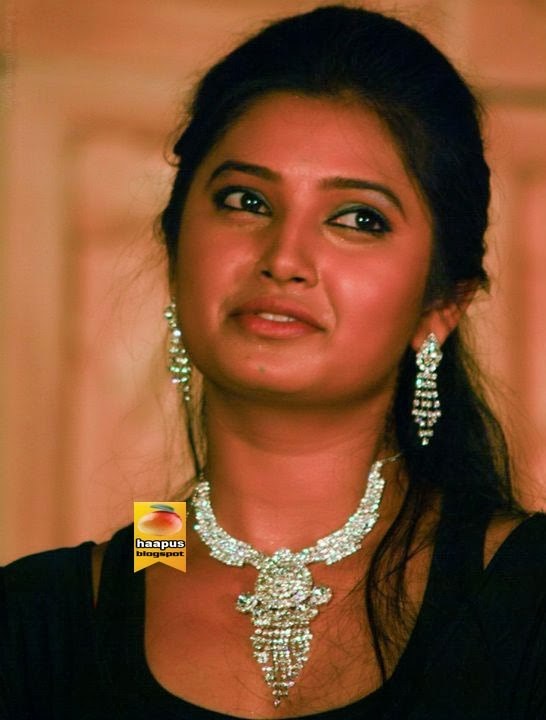 Rinku Rajguru to perform on the stage for UMZ Awards - Holiday and ...
