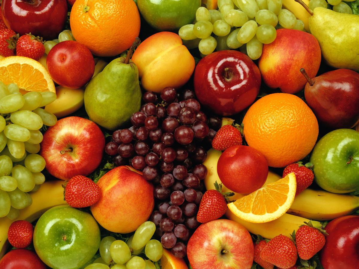 semua orang tahu buah buahan mengandungi pelbagai berkhasiat anggur ...