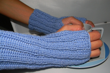 Super Easy Fingerless Gloves Knitting Pattern : Louise Knits