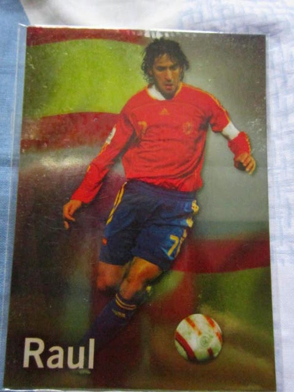 Futera series 4 FWF online World Series Legends Lionel Messi Raul Champions League goal scoring record Superstars MemoPower Heroes Authograph Physical cards FIFA World Cup Brazil 2014 Football Soccer Sangju Sangmu FC  series 4 FWF online World Series Legends Superstars MemoPower Heroes Authograph Physical insert actual cards Real Madrid Barcelona Liverpool Chelsea Arsenal Manchester United Man U BPL Premier League Man of the Match MOTM MOM 100 club Topps Match Attax Roberto Baggio Zlatan Ibrahimovic printed actual Lionel Messi ZHENG ZHI 郑智