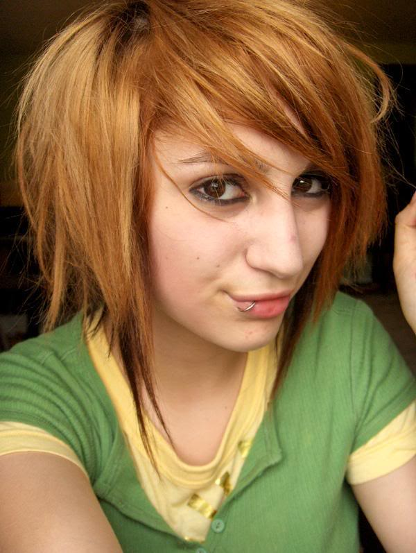 emo hairstyle gallery. the emo hairstyle is on
