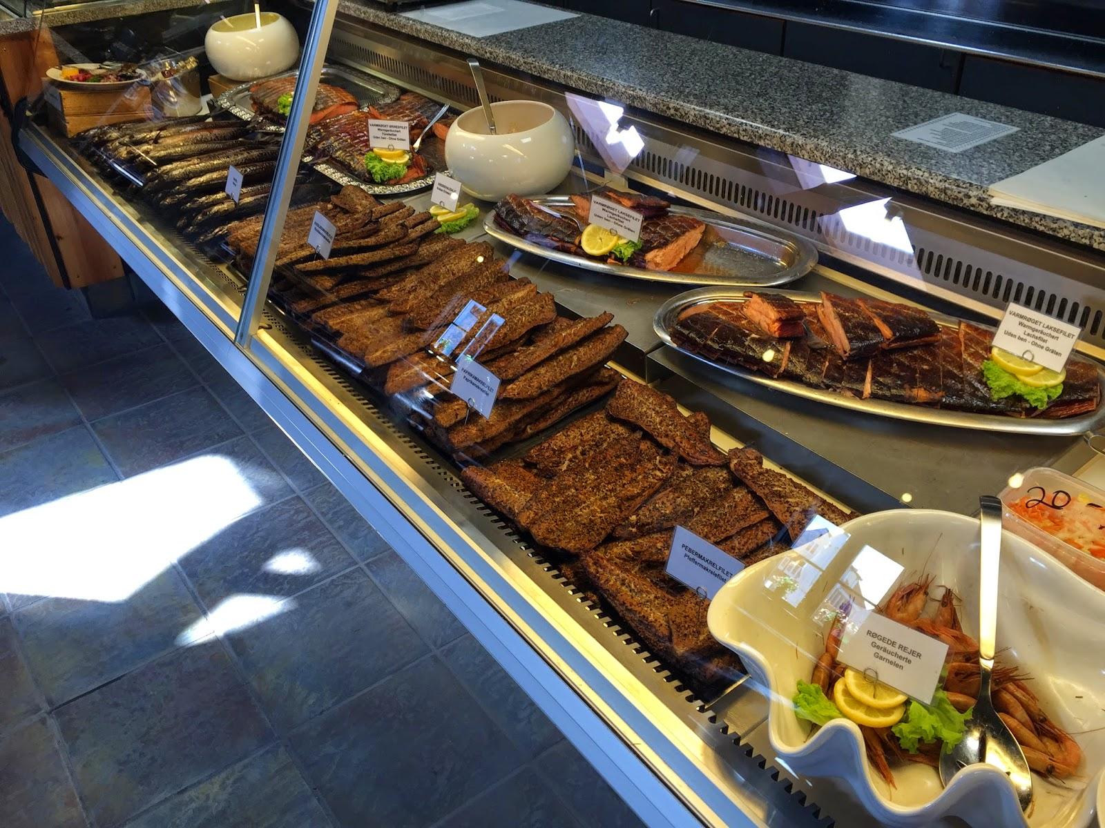 svaneke røgeri buffet