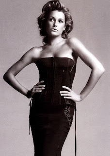 Alena Buffon Dressing Style