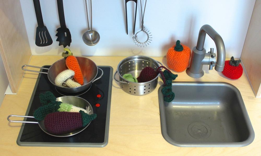 Amigurumi Vegetables : Amigurumi pumpkins crochet halloween decoration ornaments