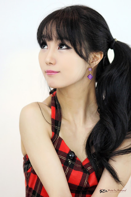 Im Soo Yeon Pictures