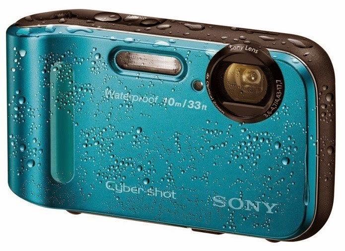 A câmera Sony Cybersho TF1 é boa para usar na praia