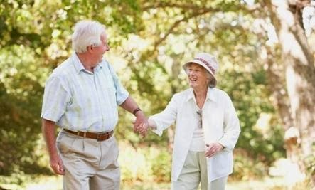 Top 10 Tips for Healing Your Love - love romance old older people man woman
