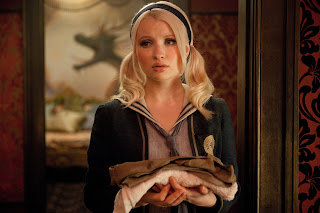 Emily Browning Hot Girl
