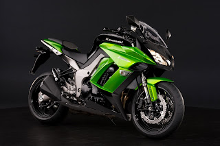 1Kawasaki Z1000SX 2011 HD Wallpaper