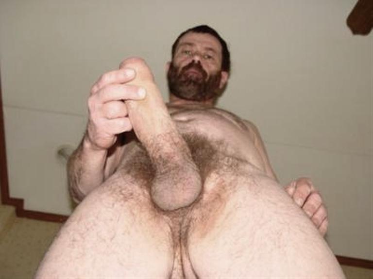 Hung bears fucking a dude -