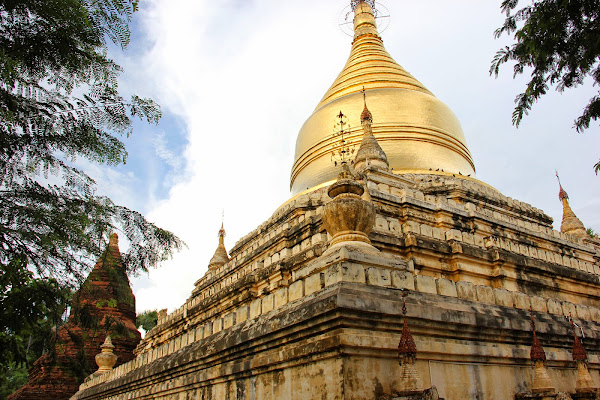 Pagoda dorada Mya Zedi en Bagan