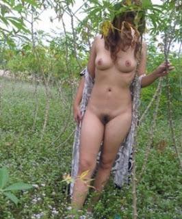 Gambar Gadis Desa Telanjang Di Kebun