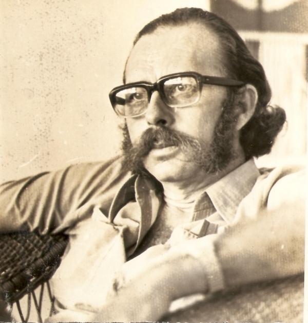 Poeta Orlando Tejo