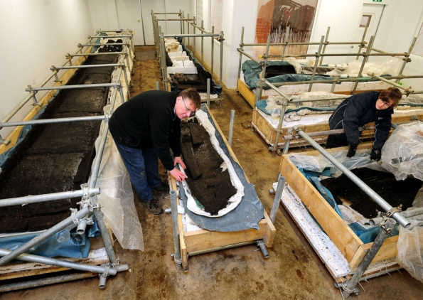 Work starts to preserve Bronze Age log boats