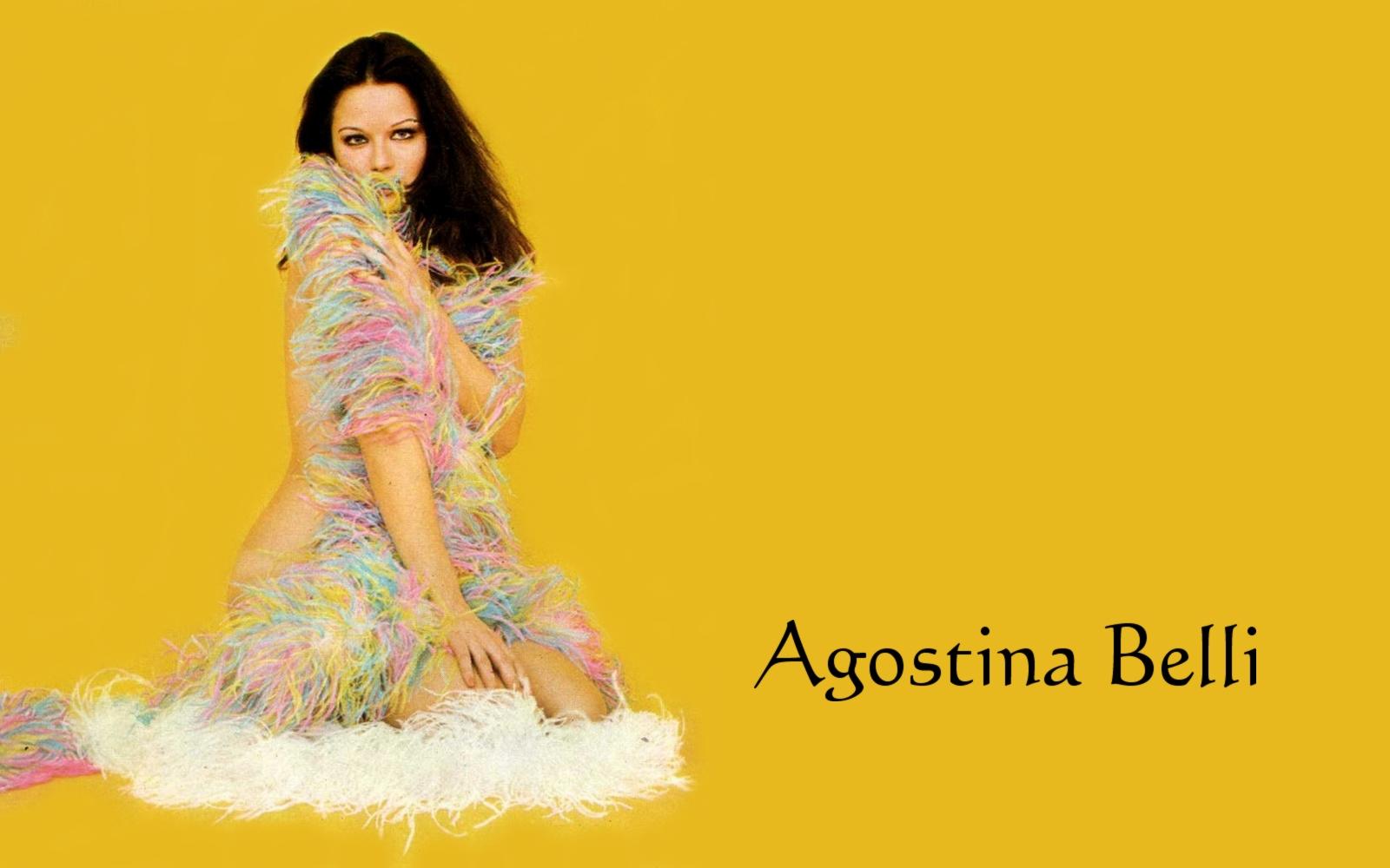 http://1.bp.blogspot.com/-RxwIqiEIQUI/T3gtpPNSwVI/AAAAAAADzlI/hJSVKlpys6Q/s1600/Agostina%2BBelli%2BWallpaper%2B04.jpg