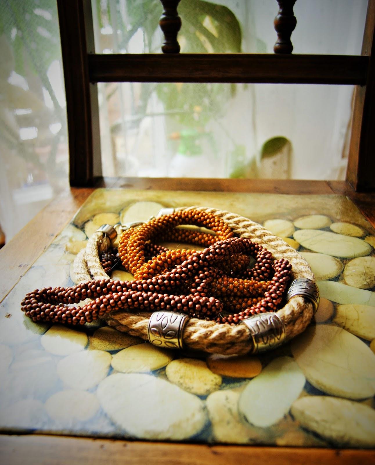 Miedź, kamień i sznur…