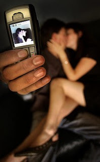 US study shows teen sexting scare overblown