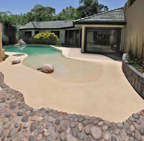 Arquiempresas piletas de arena una playa en tu casa for Construccion de piscinas naturales en argentina