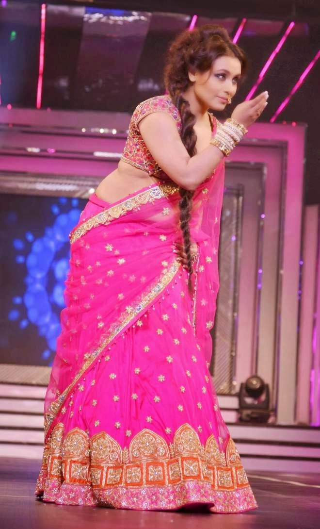 Rani Mukherjee Chopra Navel Show Photos