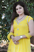 New Actress Noorjahan Photos in Yellow-thumbnail-15