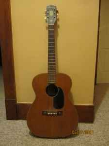 Craigslist Vintage Guitar Hunt: Harmony H165 in Mason City Iowa for $ ...