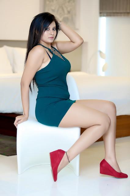 Indian Model Pihu Photo Shoot Hot Expose Stills