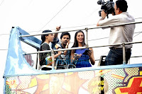 Nargis Fakhri & Varun promote 'Main Tera Hero' in an open bus