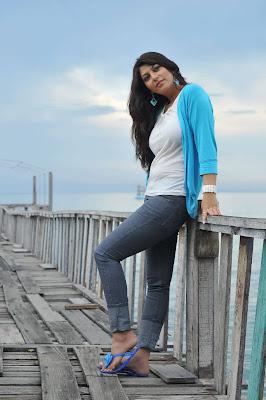 sarah sharma hot photoshoot