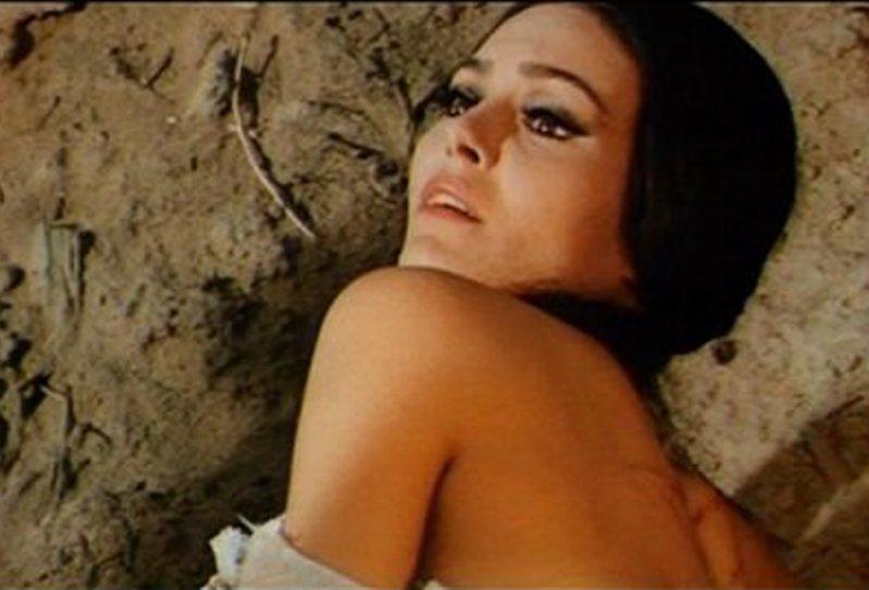 Lara carmo nude