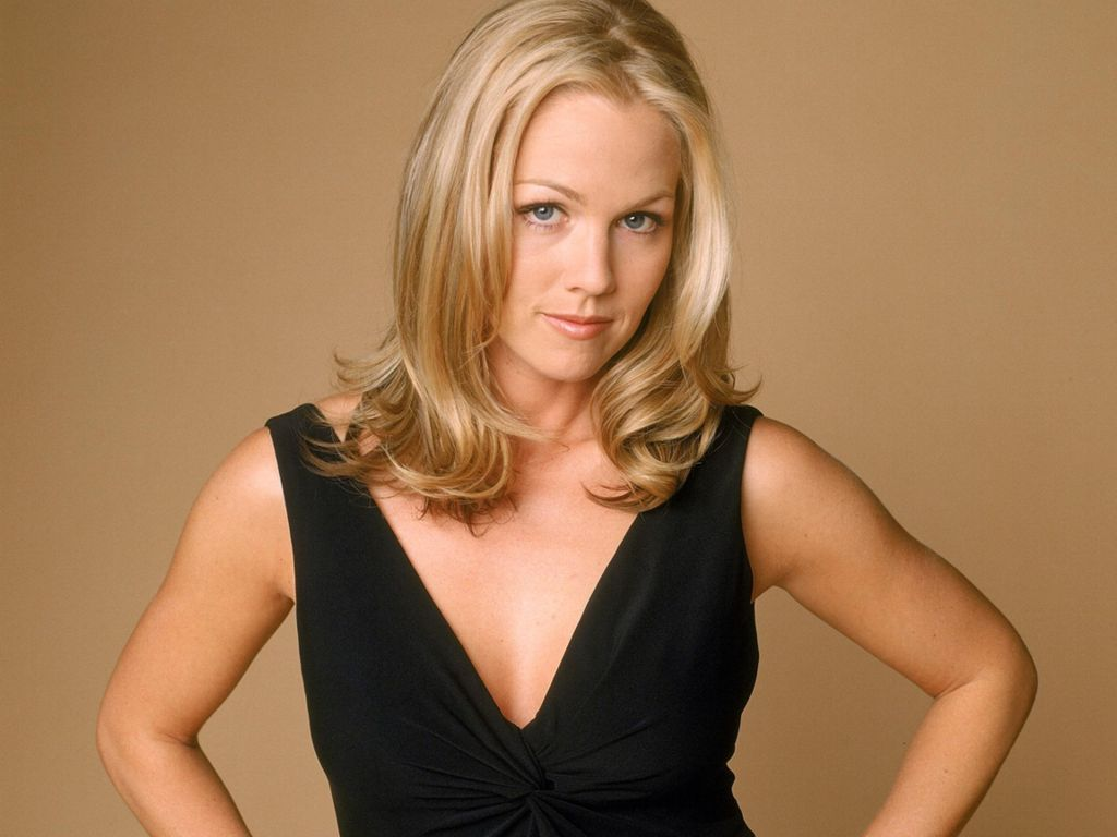 jennie garth hairstyle trends jennie garth hairstyle