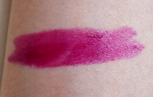 Makeup Revolution Amazing Lipstick in Rebel With Cause