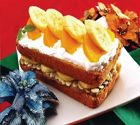 Peachy Banana Split Cake Recipe