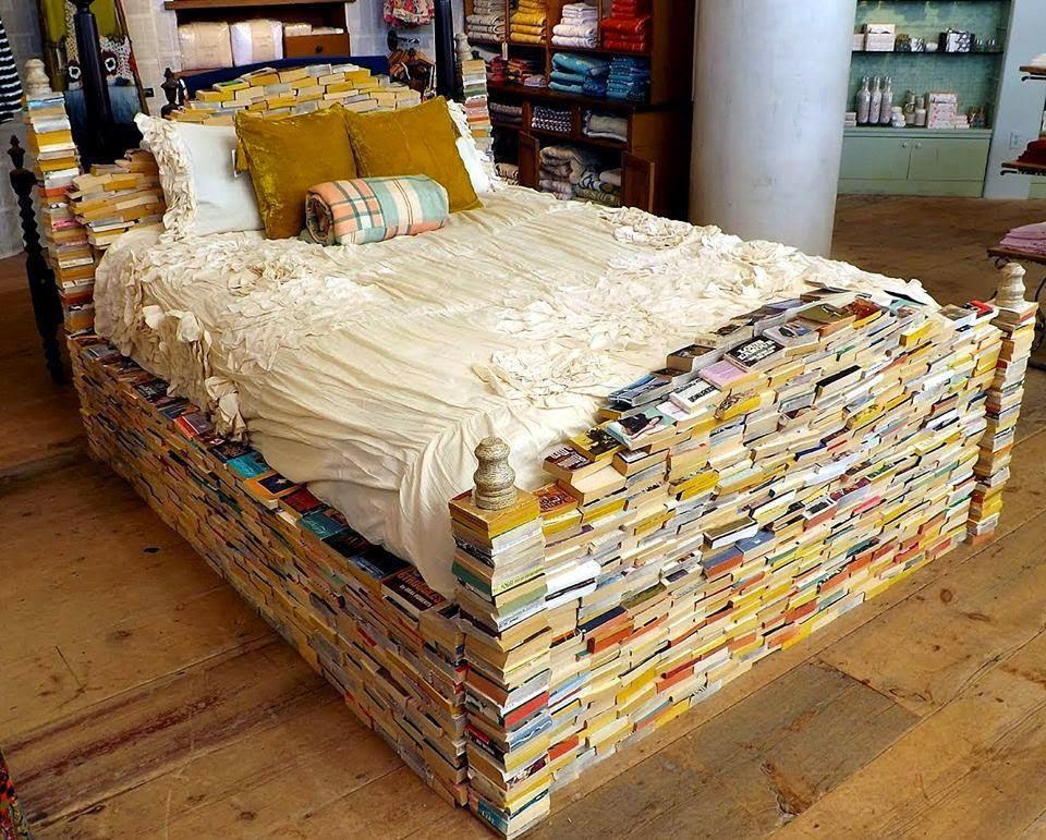 Bed of Books, Books, Livros, Cama de Livros