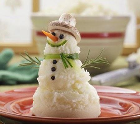 Снежен човек от картофено пюре