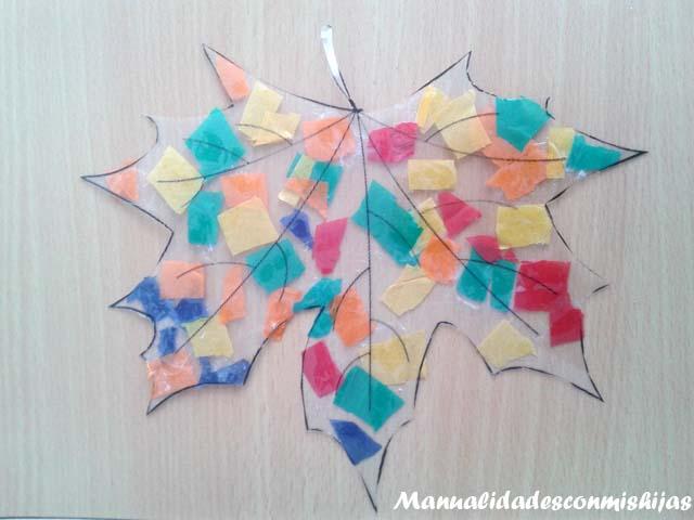 Manualidades con mis hijas hojas de oto o transparentes y coloridas para la ventana - Decorar hojas de otono ...