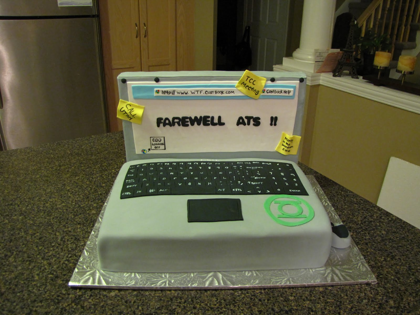 Cake Design Laptop : Ann Marie s Creative Cakes: Computer Cake