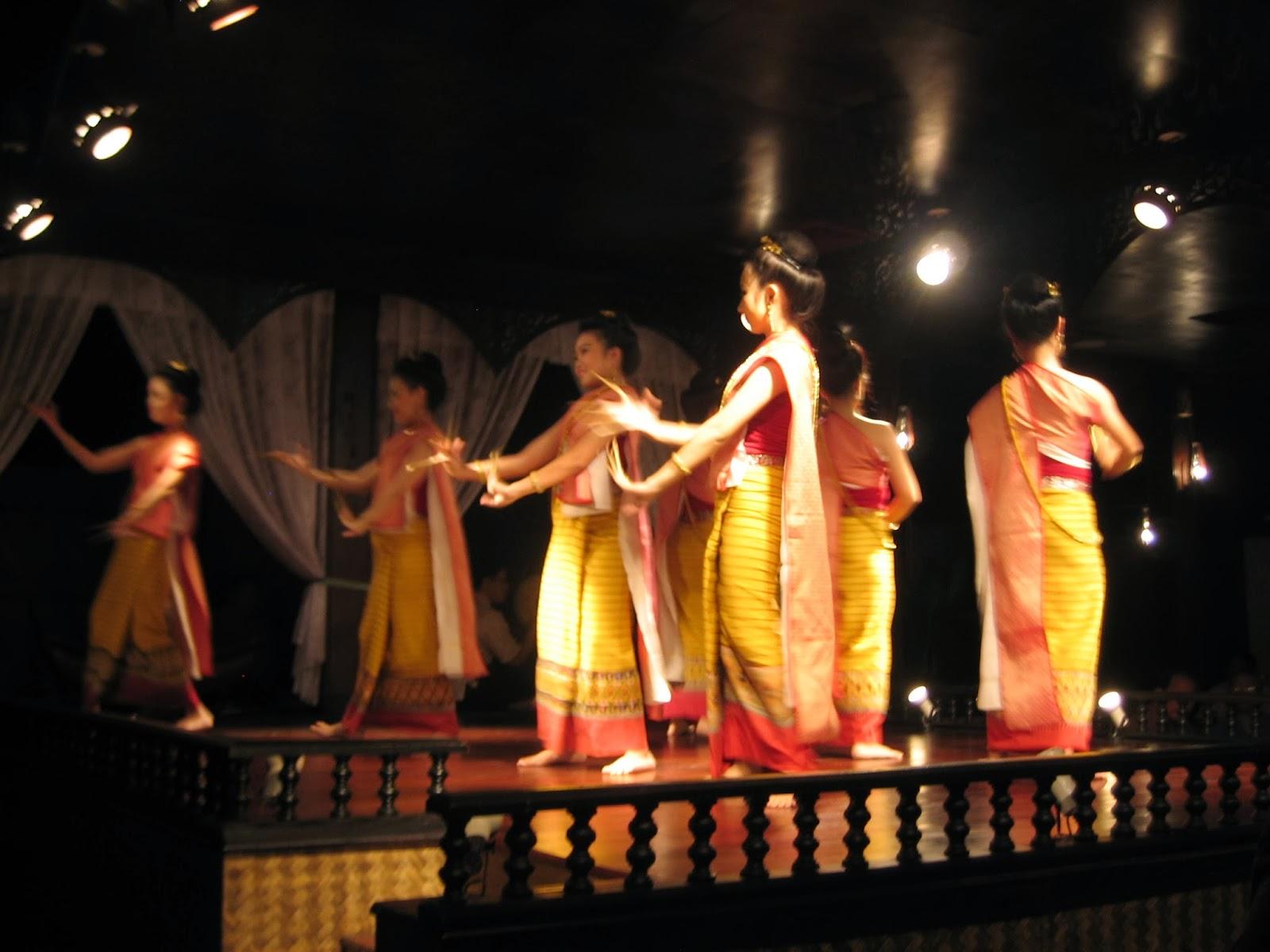 chiang-mai-cultural-center-dance