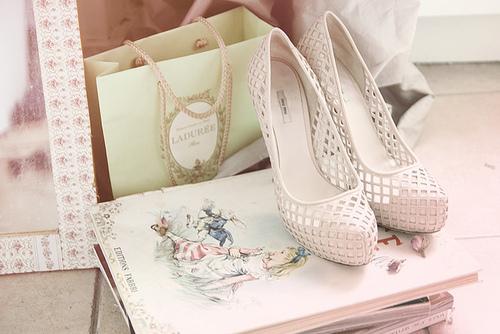 sapatos linha romântica