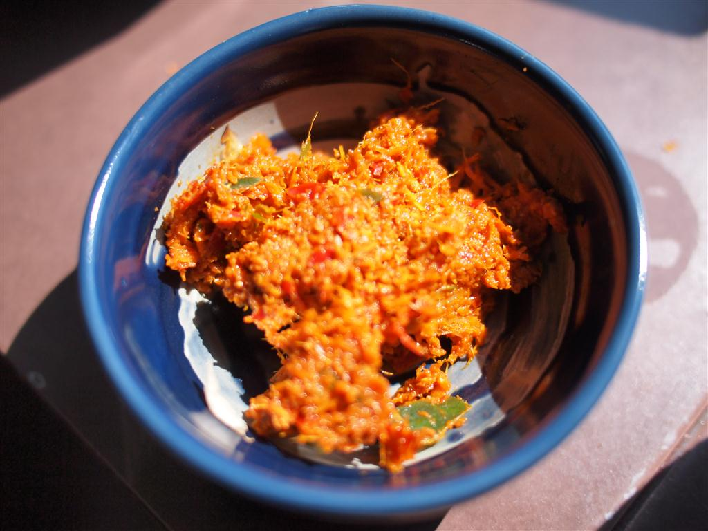 Love Thai Recipes: Red Curry Paste (Krueang Kaeng Phed)