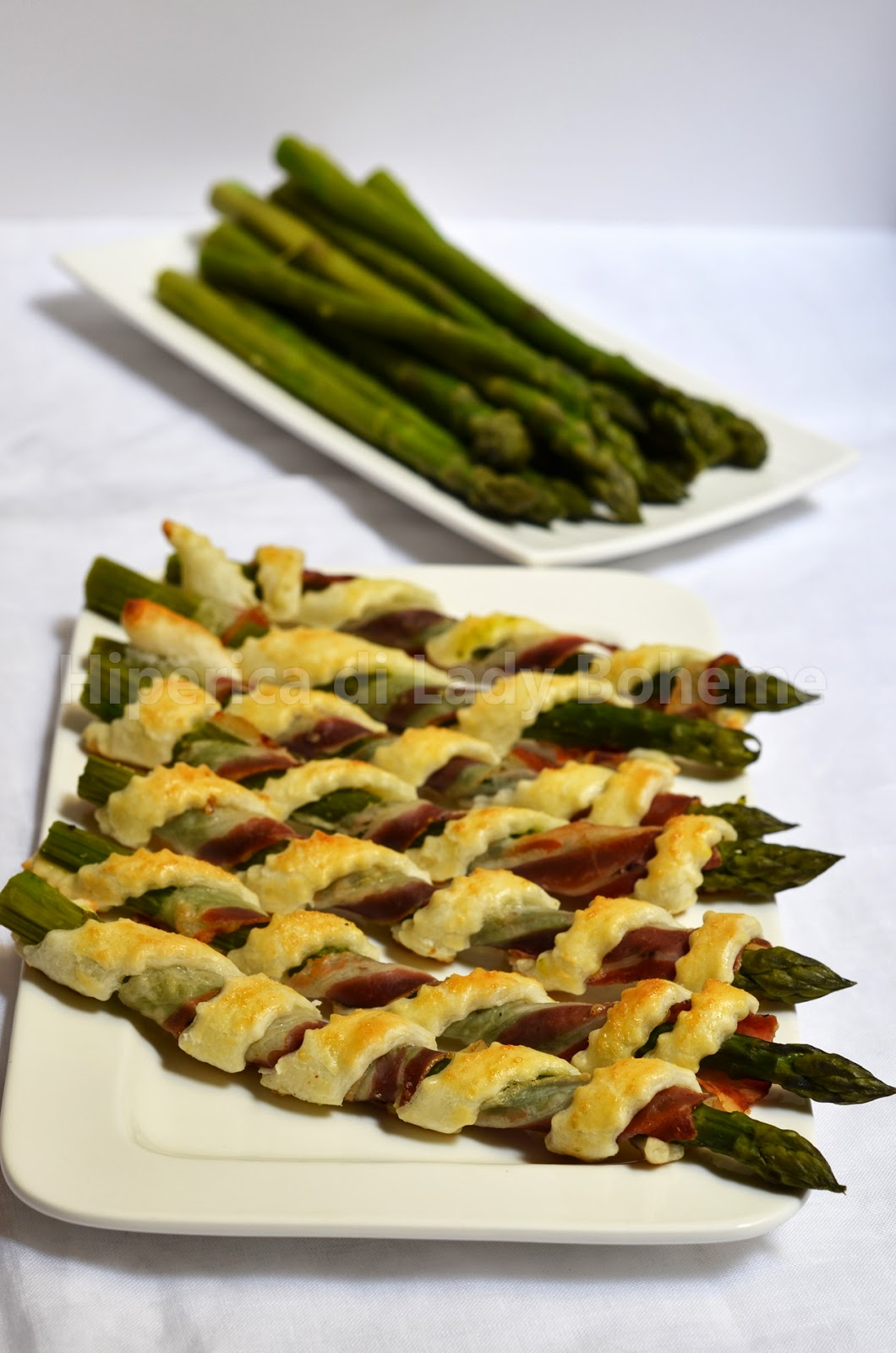 hiperica_lady_boheme_blog_cucina_ricette_gustose_facili_veloci_cannoli_di_pasta_sfoglia_con_asparagi_e_pancetta_1