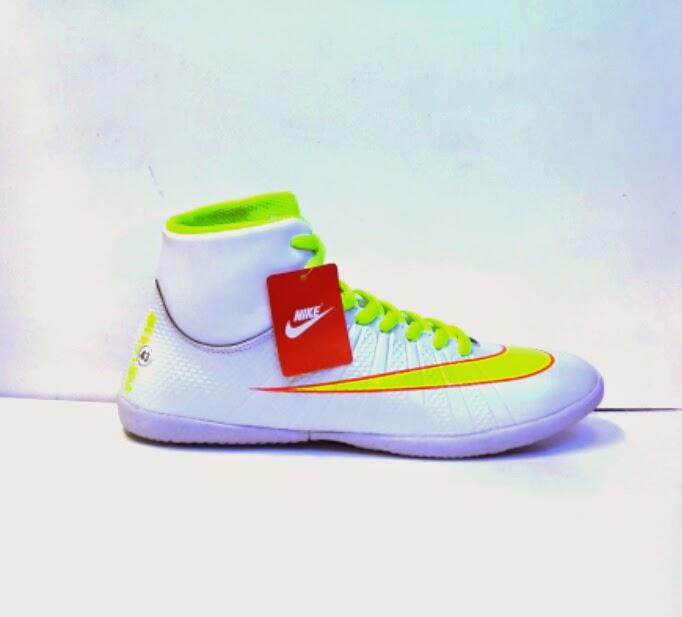 Sepatu Nike Putsal Magista fashion Terbaru
