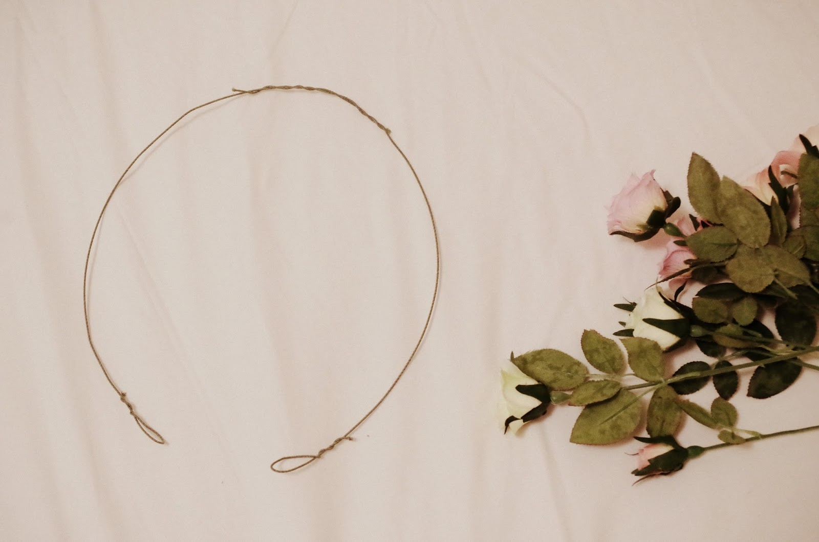 Palegreen flower crown tutorial step 1 first create two loops at one end of both your pieces of floral wire if you wire is not pre cut cut two pieces of approximately 45cm izmirmasajfo