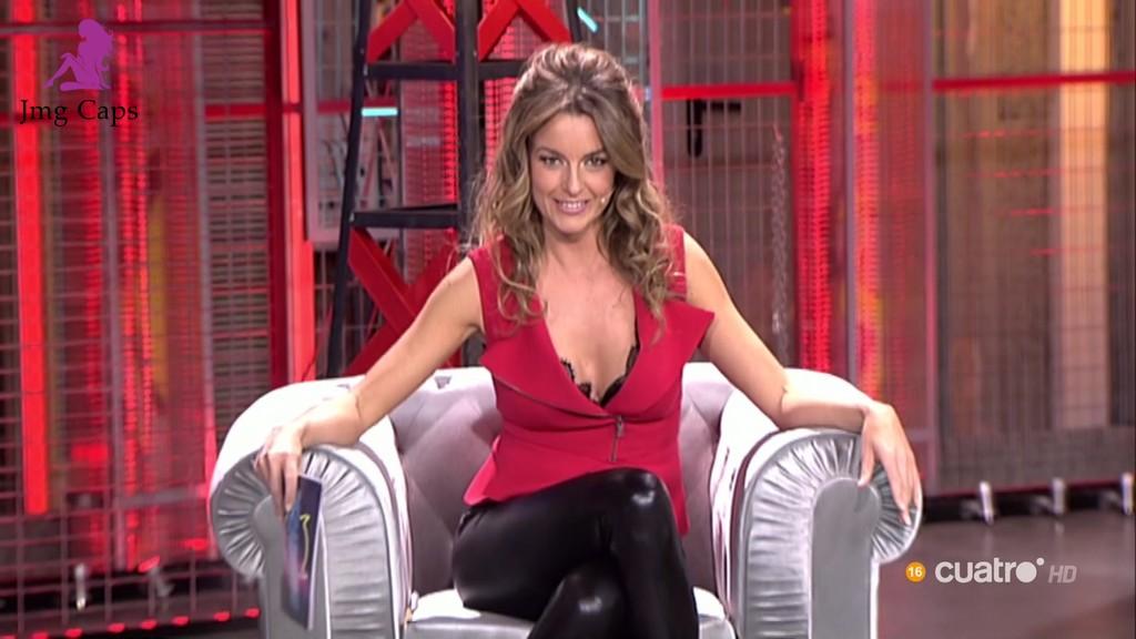 MONICA MARTINEZ, PECADORES (15.10.15)