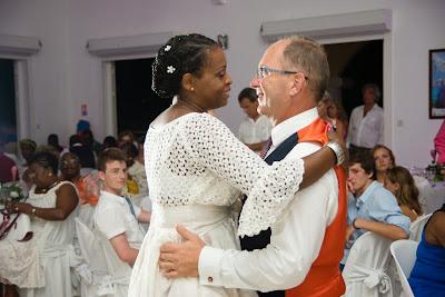 mariage à Saint François, Guadeloupe, la première danse des mariés