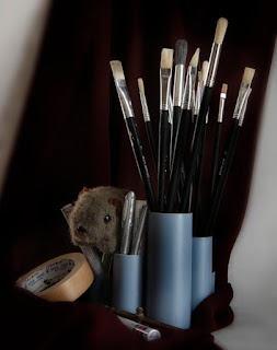 Shane Wombat with his brushes