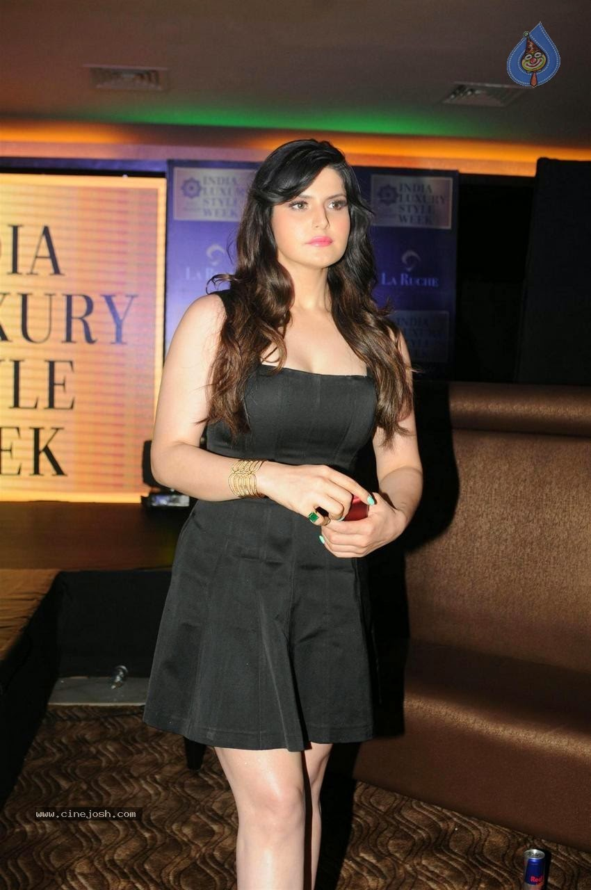 Zarine khan new photo