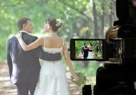 http://weddingdelivery.blogspot.com/search/label/Wedding%20Videos
