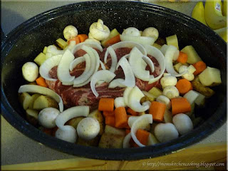 blade roast with vegetables ready for the oven