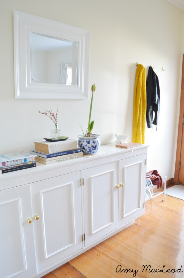 Amy MacLeod living room - mustard, black, autumn